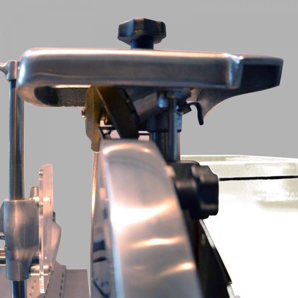 Trancheuse-Volant-Roussey-BLANC-Zoom-Affuteur-2